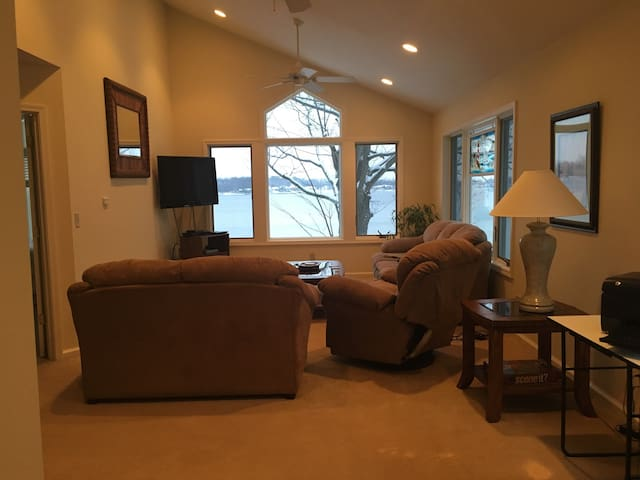 5 bed 4 bath house Coldwater Lake - Coldwater - Hus