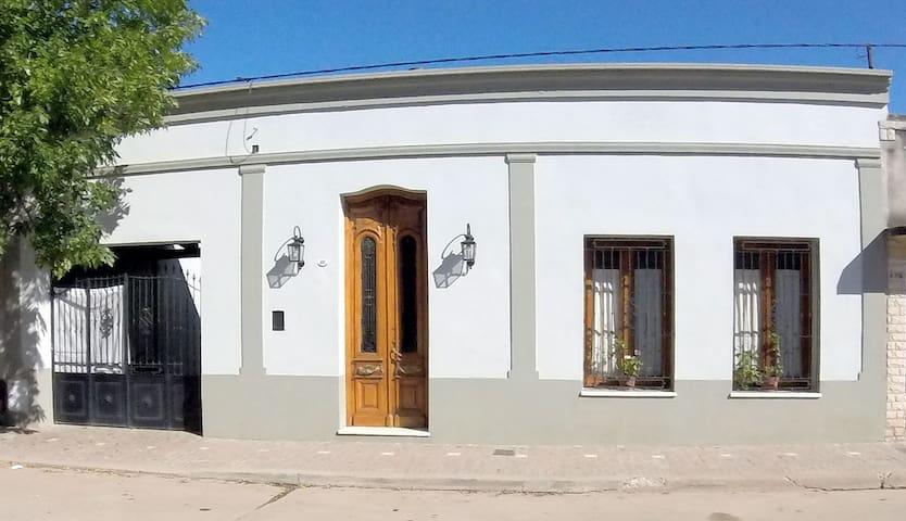 La Posada de Don Segundo - San Antonio de Areco - Bed & Breakfast