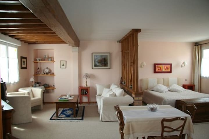 Le Clos de la Barre - Near D-Day Beaches - Basly - Bed & Breakfast