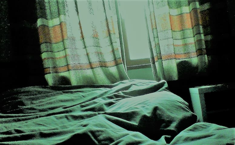 chambre  équipée dans une maison de maitre - Nivelles - Outros