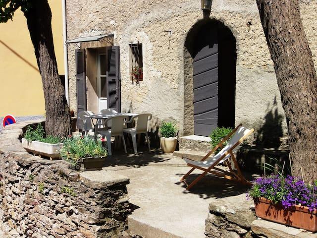 T2-duplex dans maison ancienne - Riventosa - Daire