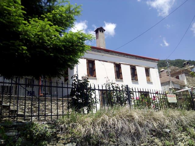 Εξοχική κατοικία Λιβάδι Ολύμπου - Livadi - Hus