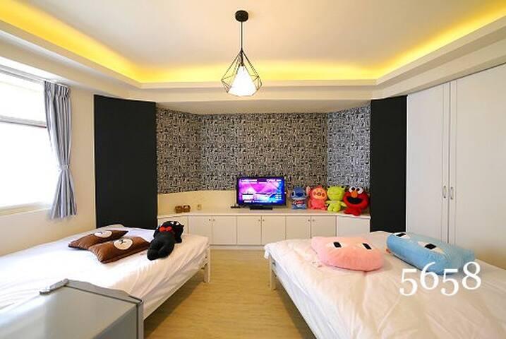 星光秘境 4人房 - Xitun District - Appartement
