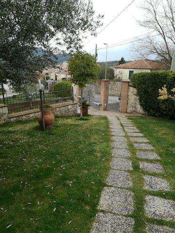 Affascinante appartamento - Ponticelli - Ev