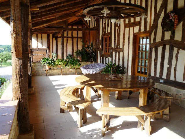 Vacances à la campagne en Périgord - Tombebœuf - Huis