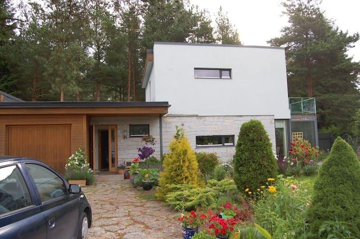 3 bedroom house and a garden - Tallinn - Maison