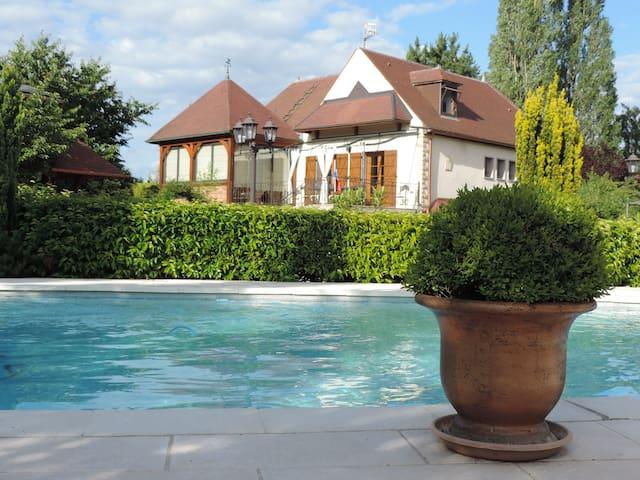 Villa Burgondie - Arc-sur-Tille - Casa