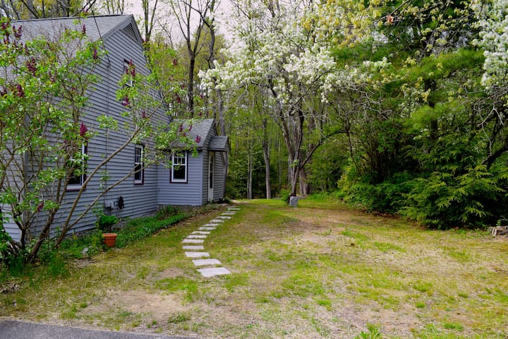 Unique, private and cozy in-law apt - Kennebunk - Lägenhet