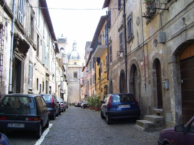 Appartamento in centro storico - Ronciglione - Lägenhet