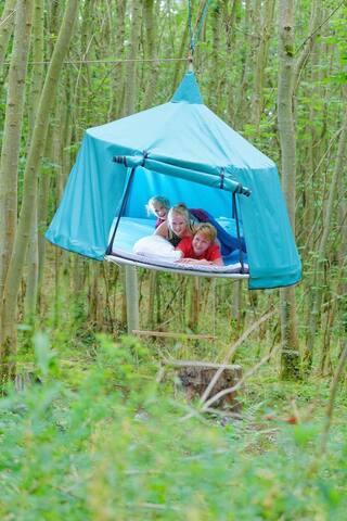 Les tentes suspendues - Pronleroy - Tent