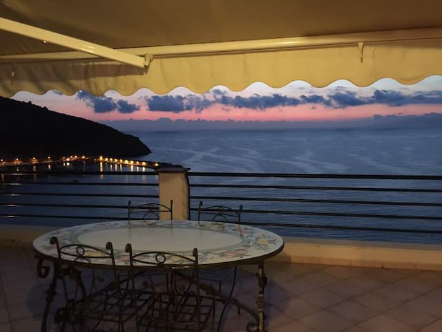 Appartamento panoramico sul mare - Palinuro - Leilighet