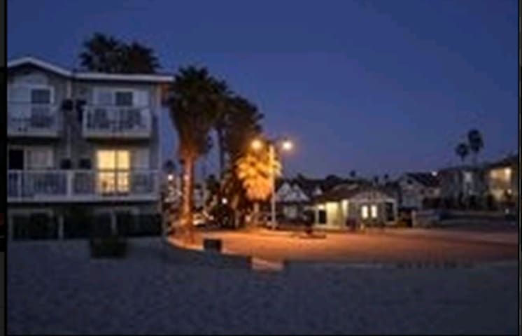 Ventura Beach Getaway - Ventura - Leilighet