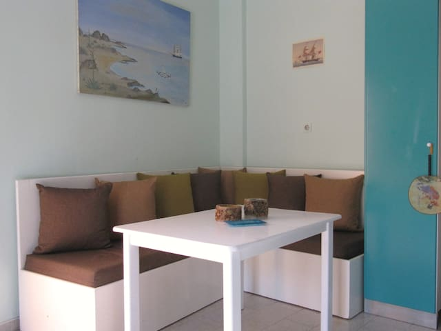 Central, Cosy Apartment in Ierapetra - Ierapetra - Apartemen
