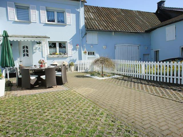 4-room house 100 m² Ferienhaus for 8 persons in Manderscheid - Manderscheid