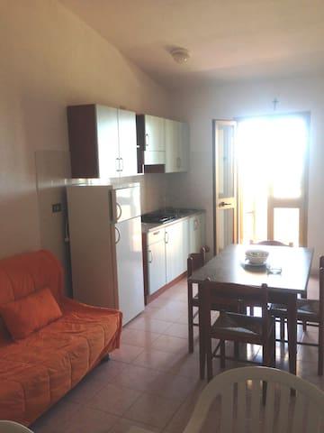 """Appartamento """"vista Mare"""", 2 o 4 persone - Badesi"""