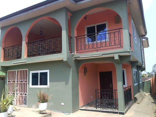 Apartment with Chauffeur & Car - Kwabenya - Leilighet