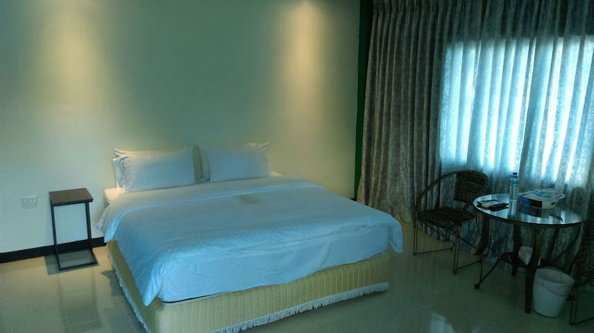 海洋森林房型:每晚NT3000元 - Manzhou Township - Bed & Breakfast