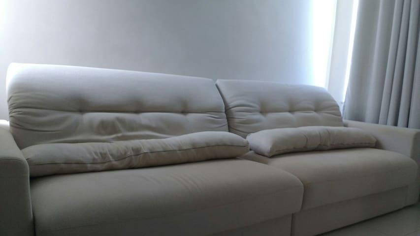 Sofá amigável no interior do ES - João Neiva - Appartement
