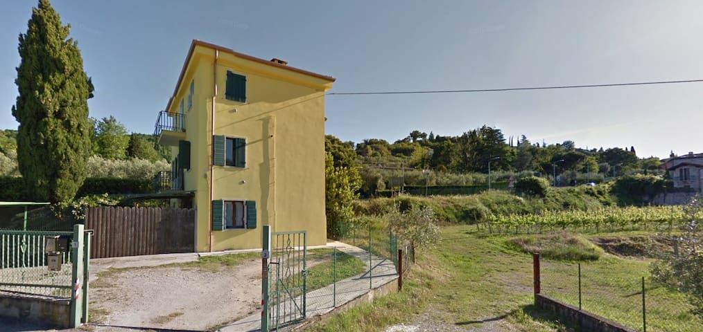 Apartment in Garda with lake view - Garda