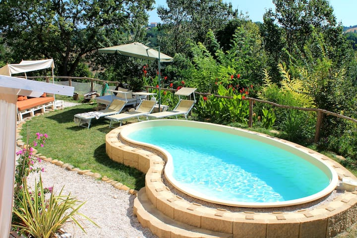La Rupe del Falco - nature, pool and relax - Monteciccardo - Departamento