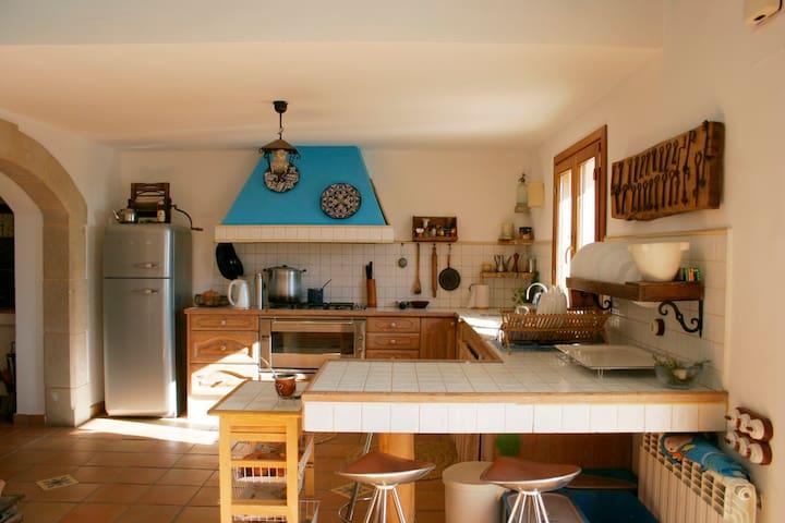 Renovated Farm House in wine region - Castellvi de la Marca