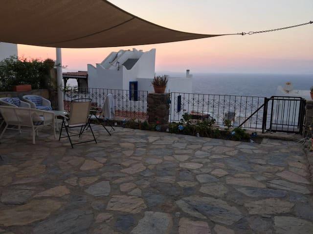 Self contained en-suite studio + great sea views - Yalıkavak Belediyesi - Rumah