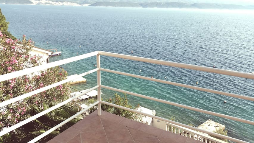 Sunny apartment with sea view - Lokva Rogoznica - Wohnung