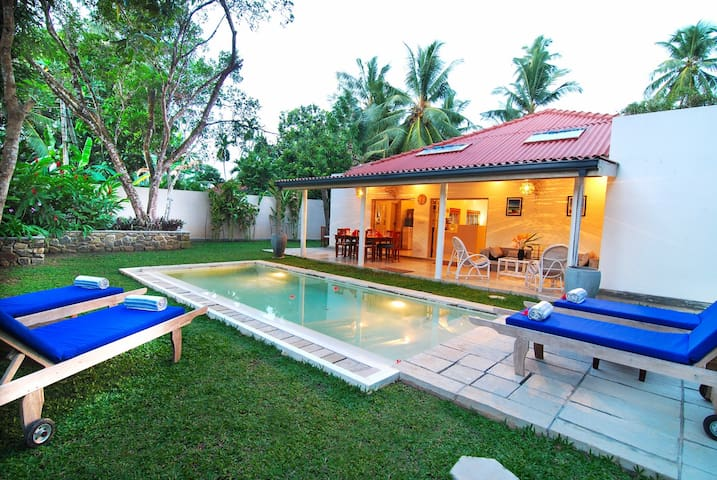 Temple House - Close to Beach - Galle - Casa