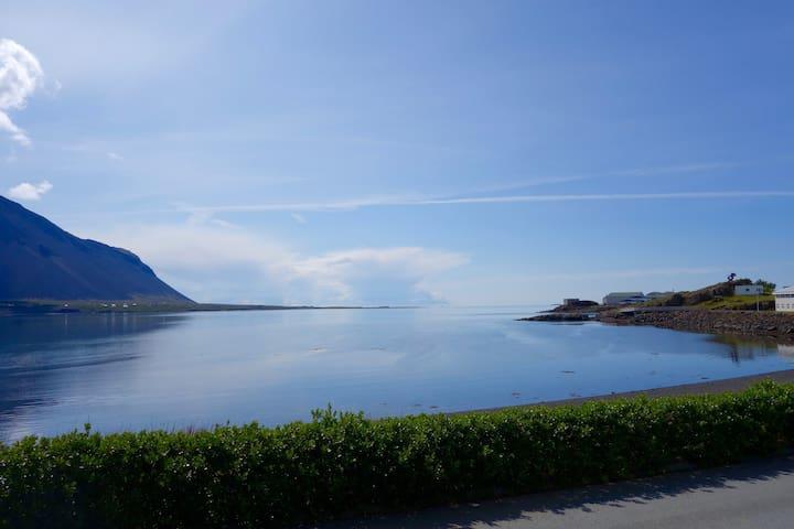 Borgarnes dream home with stunning sea view - Borgarnes