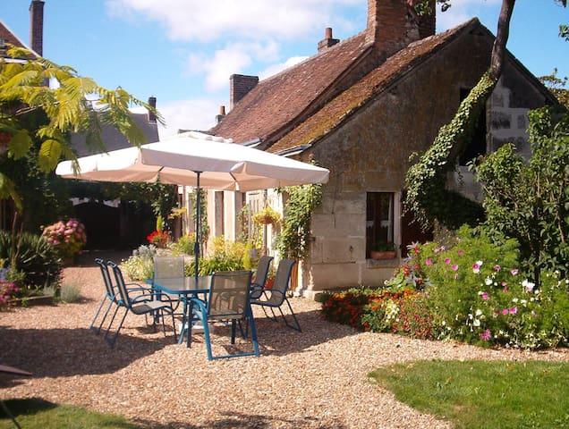 Gastenkamer met ontbijt Coté Jardin - Villiers-sur-Loir - Gästhus