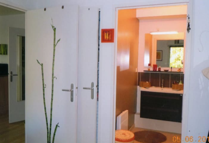 chambre avec salle d'eau privative - Mûrs-Erigné - Internat