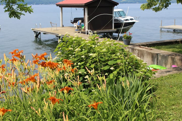 Camp Colden, Cayuga Lake Cottage - King Ferry