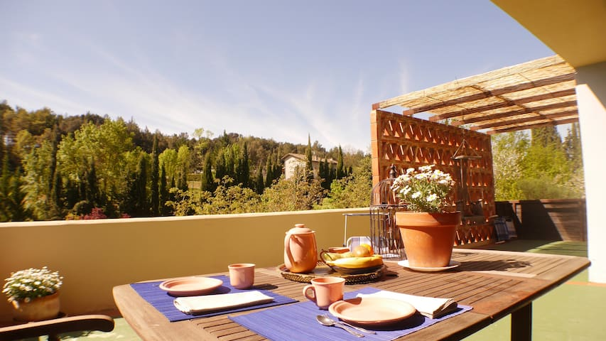 Country house with beautiful views - Sales de Llierca