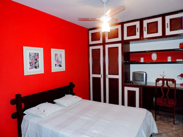 Room close to the beach in Barra! - Salvador - Apartamento