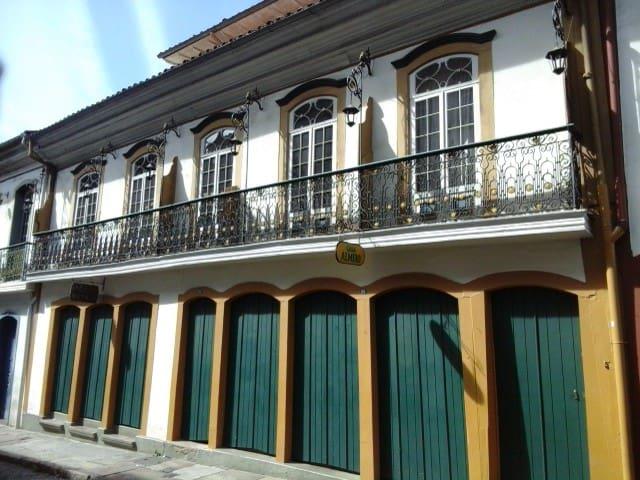 Casarão no centro histórico - Ouro Preto