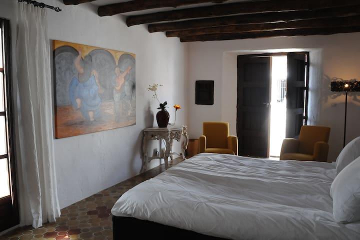 Cortijo El Guarda Rural Retreat - Alcalá del Valle