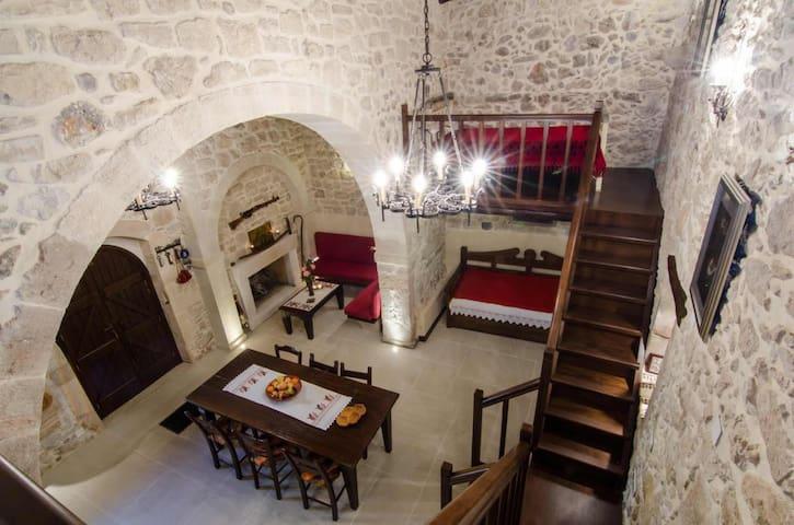 Traditional house-Roustika Crete - Roustika - Hus