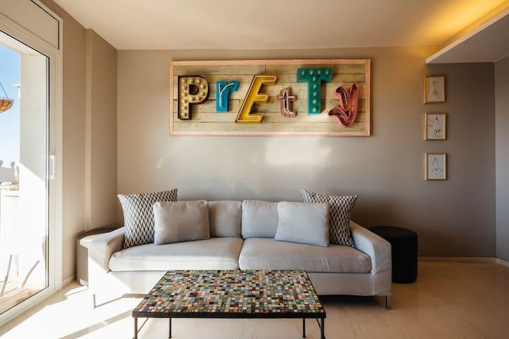Double Bed w/private bathroom. Amazing Seaviews. - Sitges - Apartemen