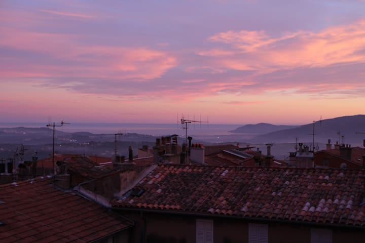 Big apartment in the heart of Grasse, see view. - Grasse