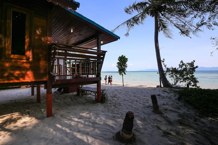 Romantic Beachhouse with sunsetview - Ko Pha-ngan