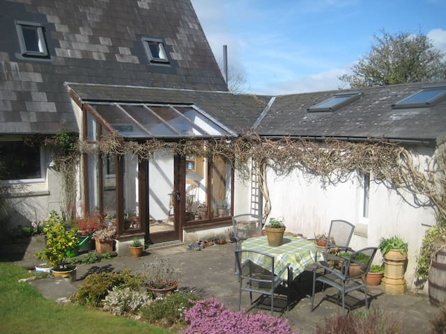 Cosy Home with Beautiful View - Enniscorthy - Hus