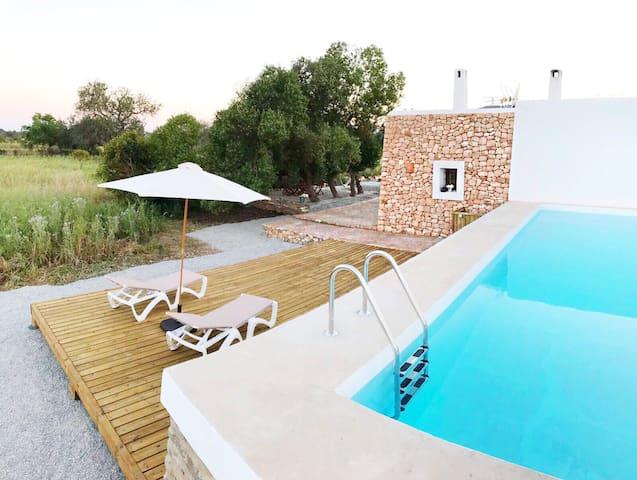 Casa Nueva Ibicenca en Sta Eulalia! - Illes Balears - Huis