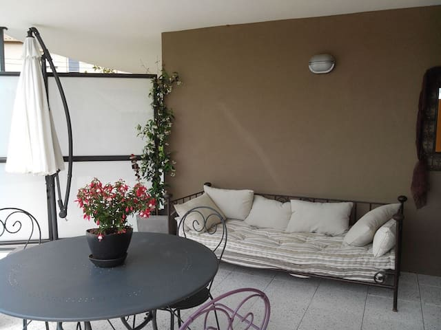 T 2 Grande Terrasse et Jardinet  - Le Luc - Leilighet