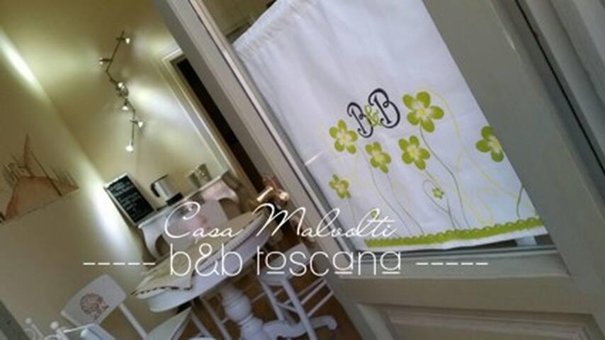 Appartamento Casa Malvolti 7 posti - Castelfranco di Sotto - Bed & Breakfast