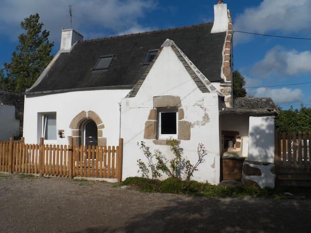 Charmante maison Bretonne à 2 pas de Locquirec - Guimaëc - Huis