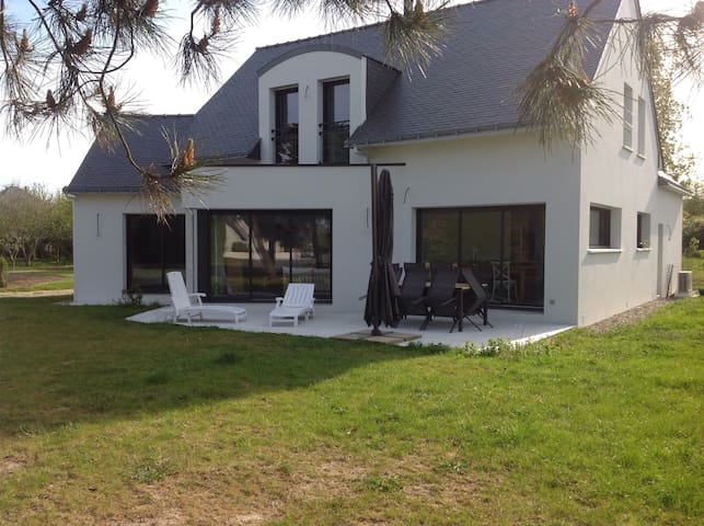 Charming and quiet house - Locmariaquer - Huis