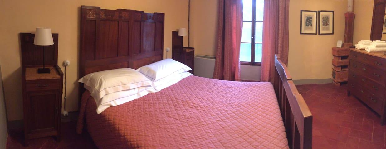 Camera con bagno privato in Villa storica - Poggibonsi - Oda + Kahvaltı