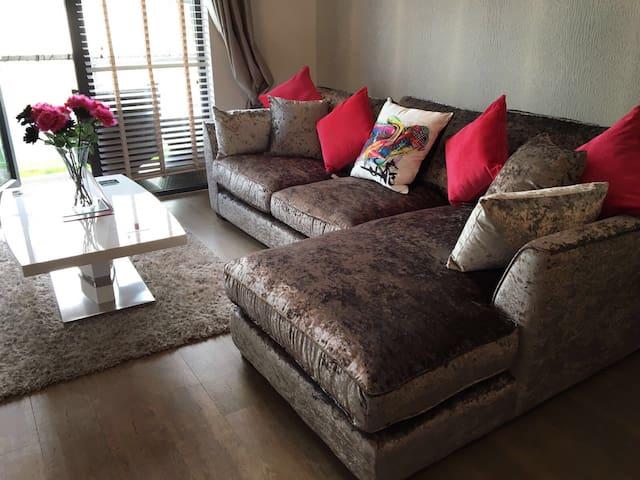 Stunning flat in Brentwood - Brentwood - Lägenhet
