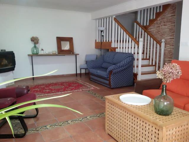 Habitaciones entorno rural y playa - Gajano - Huis