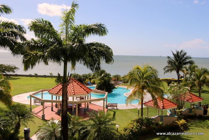 Luxury Condo with amenities on the sea - Port-of-Spain